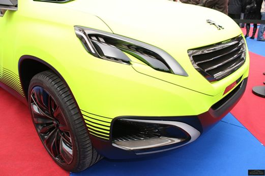 Peugeot Onyx Concept & 2008 Crossover - Exposition Concept Cars ...
