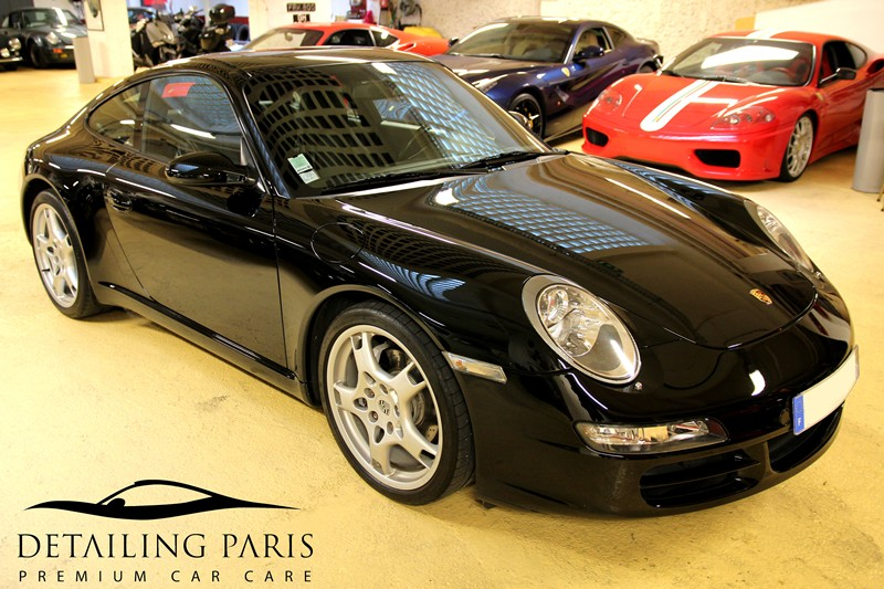 Porsche centre detailing paris atelier carrosserie for Reparation canape cuir paris